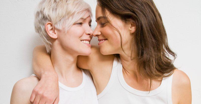 due lesbiche innamorate